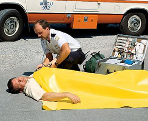 """Emergency Rescue Blanket, Disposable, Yellow, 58"""" x 90"""""""