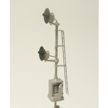 N Single Cabinet Mount Searchlight Signal