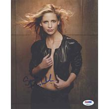 Sarah Michelle Gellar Sexy Signed 8x10 Photo Certified Authentic PSA/DNA COA