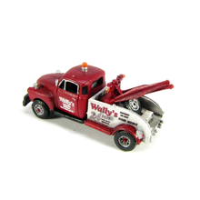 N Wally's Tow Truck