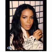 Aaliyah Signed 8x10 Photo Certified Authentic Beckett BAS COA