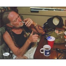 Willie Nelson Smoking Weed Signed 8x10 Photo Certified Authentic JSA COA