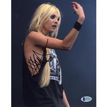 Taylor Momsen Signed 8x10 Photo Certified Authentic BAS COA