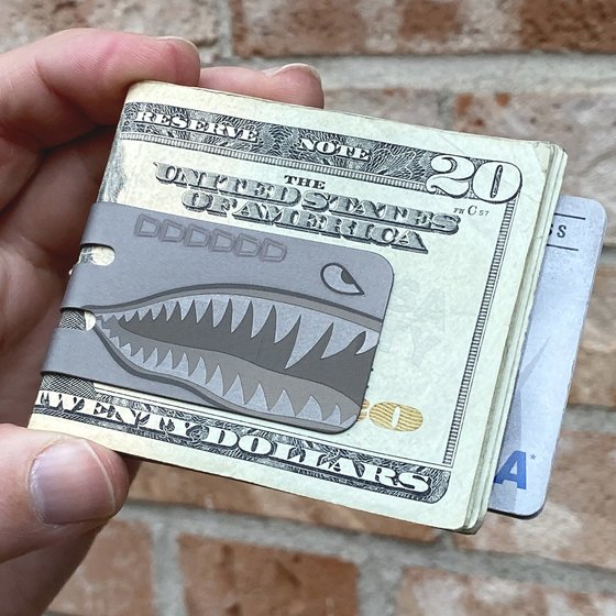 mini-VIPER Money Clip - PLANE NOSE ART SHARK - NASA Optical Gray