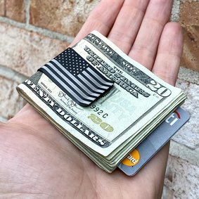 Black Diamond™ Titanium Money Clip - AMERICAN FLAG on TOP SIDE