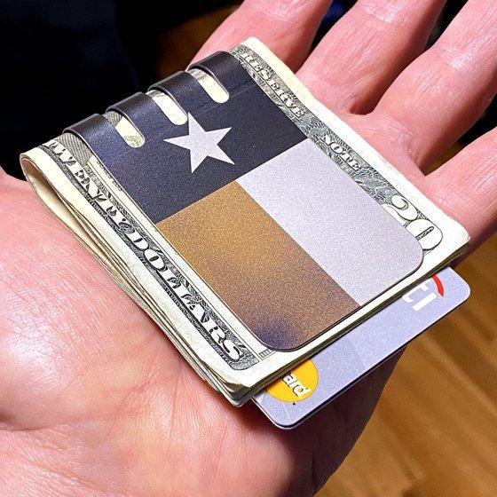 The VIPER™ Titanium Money Clip - TEXAS FLAG on Natural Titanium Finish