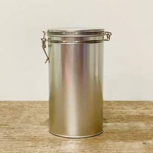 "Loose Leaf Storage with Custom Five Mountains Label - Silver (8""Hx4""W)"